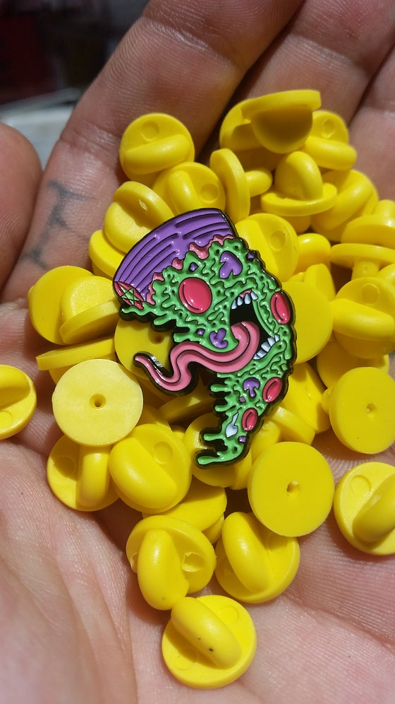 Image of SCREAMING PIE 1.25 INCH PIN