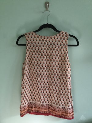 Image of 70's floral pattern tank