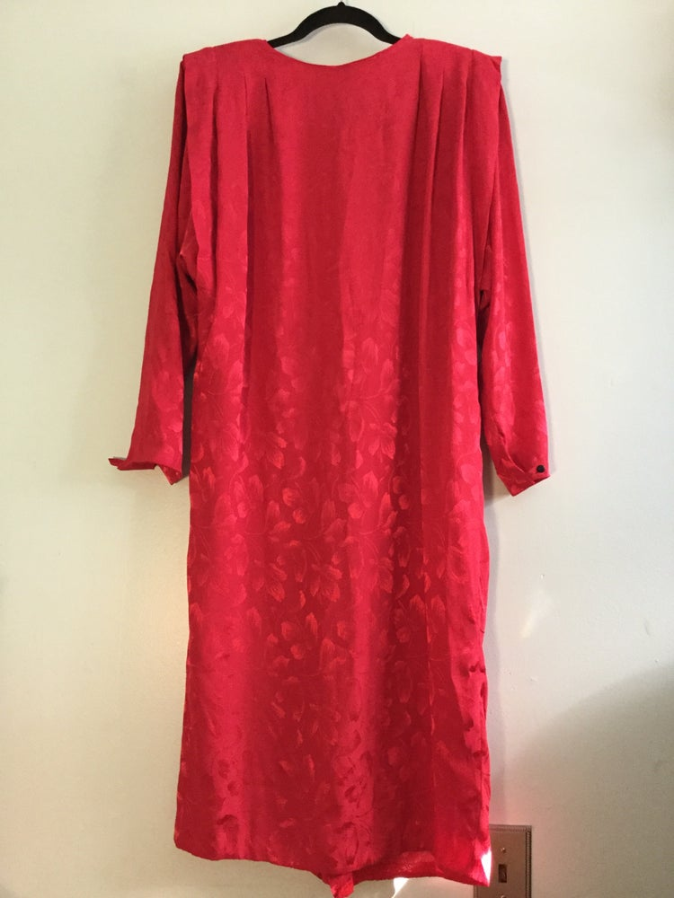 Image of red shift dress w shoulder pads