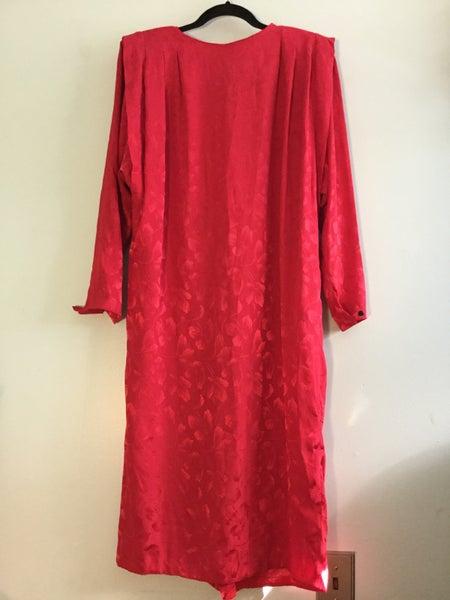 Image of red shift dress w shoulder pads