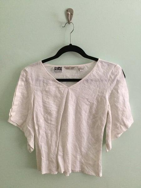 Image of white linen split sleeve crop top