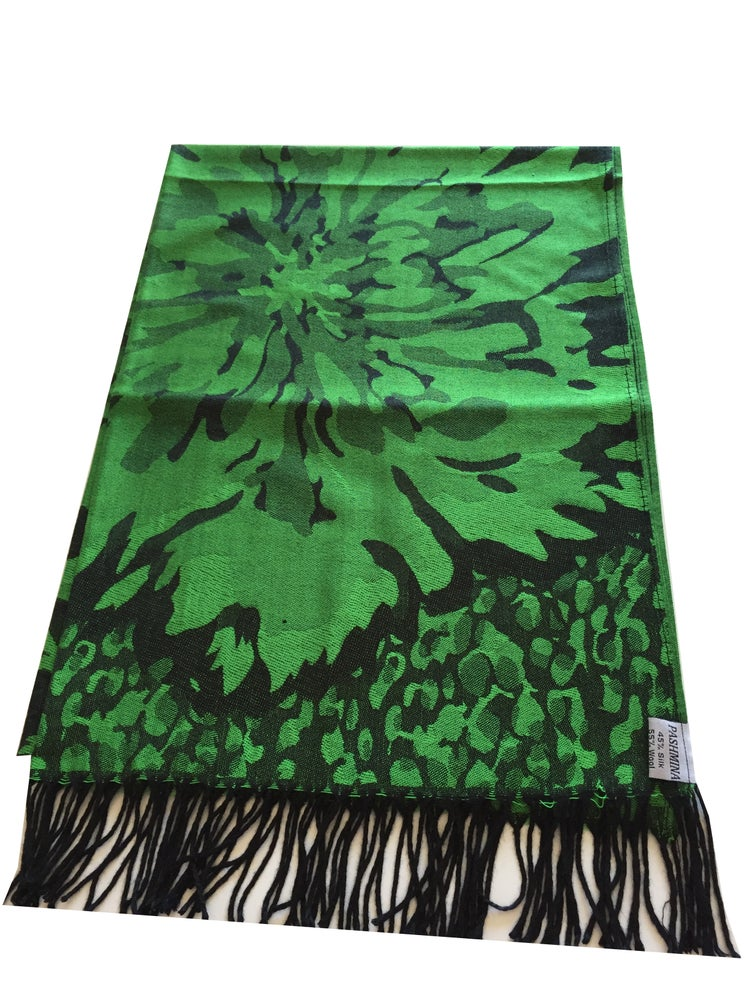Image of Two-Tone Green Floral Pattern High Quality Pashmina (SVN30)