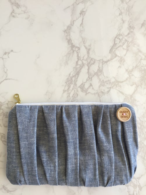 Image of Chambray & Floral essential oil clutch