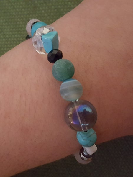Image of Agate, Magnasite, Crystal and Multi Glass Blue Bracelet