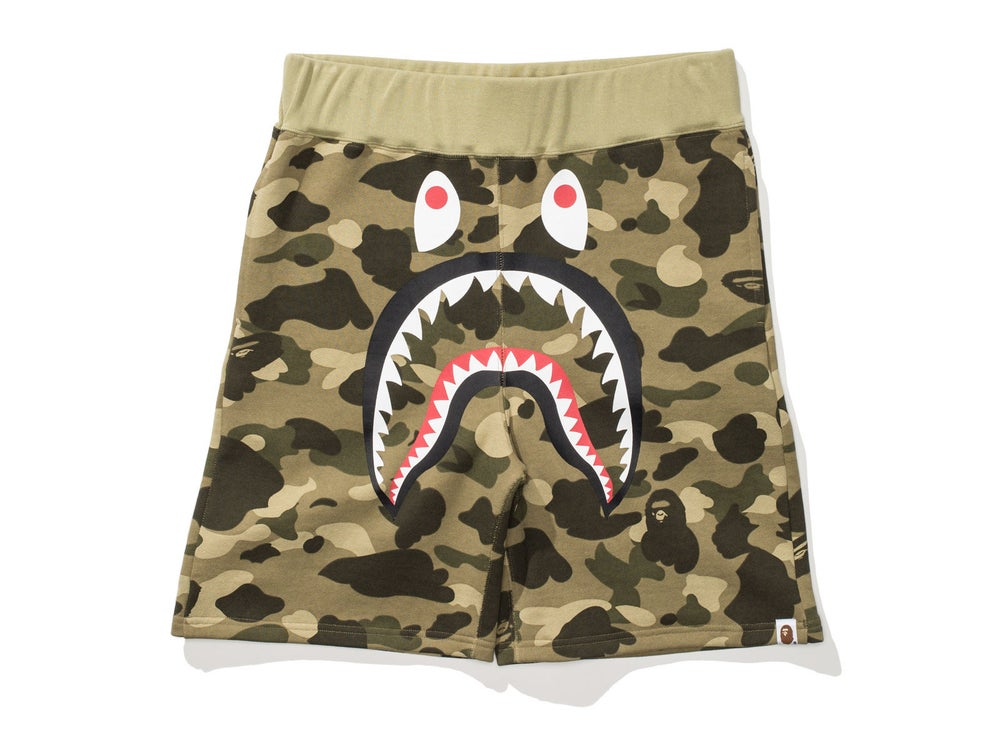 Image of BAPE COLOR CAMO SHARK SWEAT SHORTS 'KHAKI'