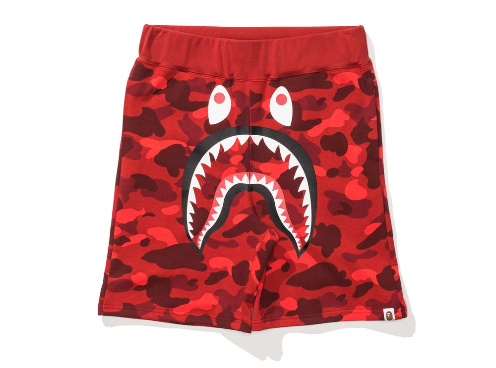 Image of BAPE COLOR CAMO SHARK SWEAT SHORTS 'RED'