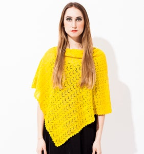 Image of Laceknitted poncho             Lemon