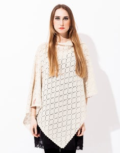 Image of Laceknitted BIG Poncho           Offwhite