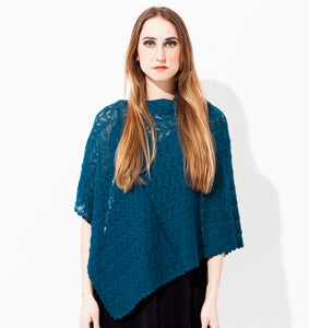 Image of Laceknitted poncho    Parisblue