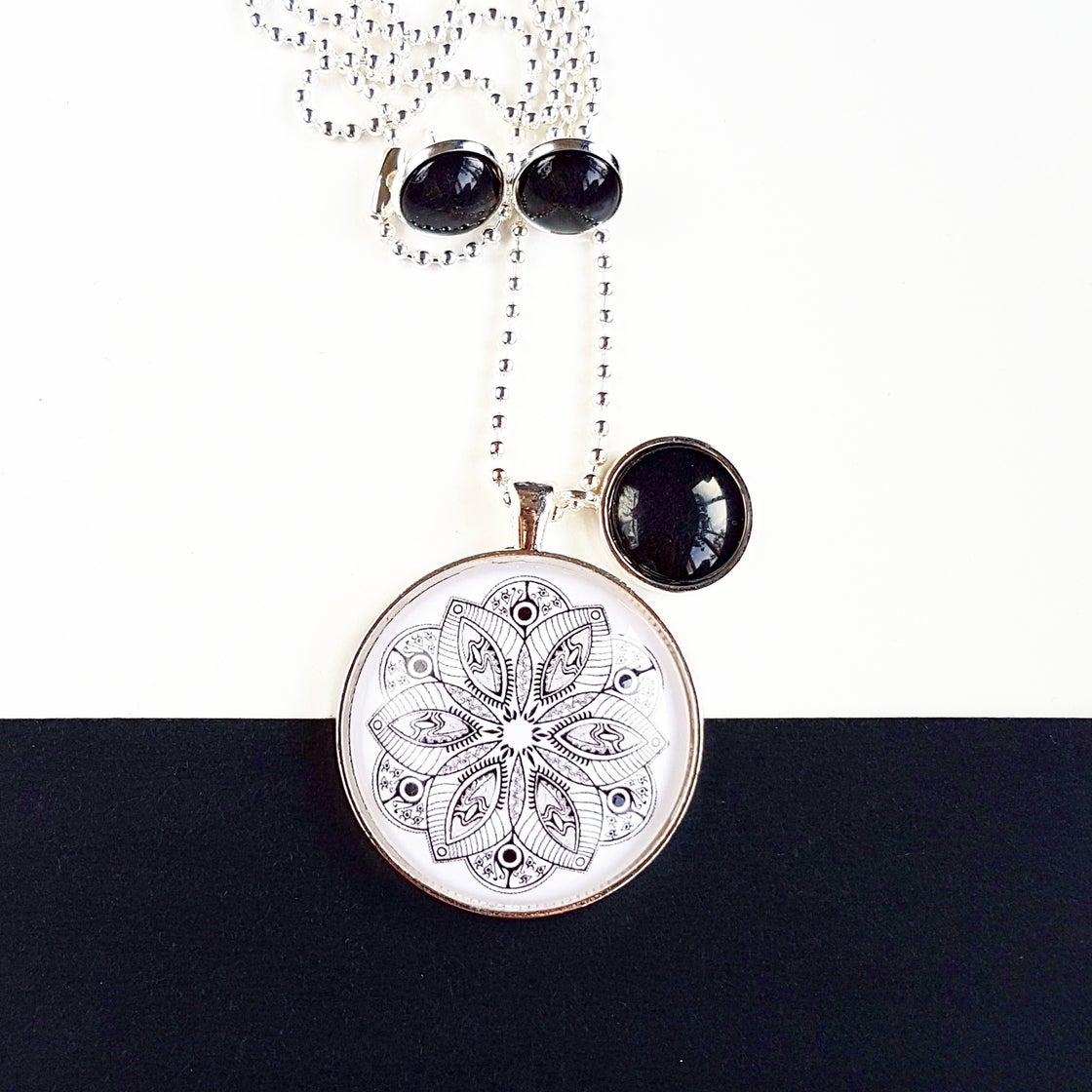 Image of NEW! Gift Set - Black and white mandala
