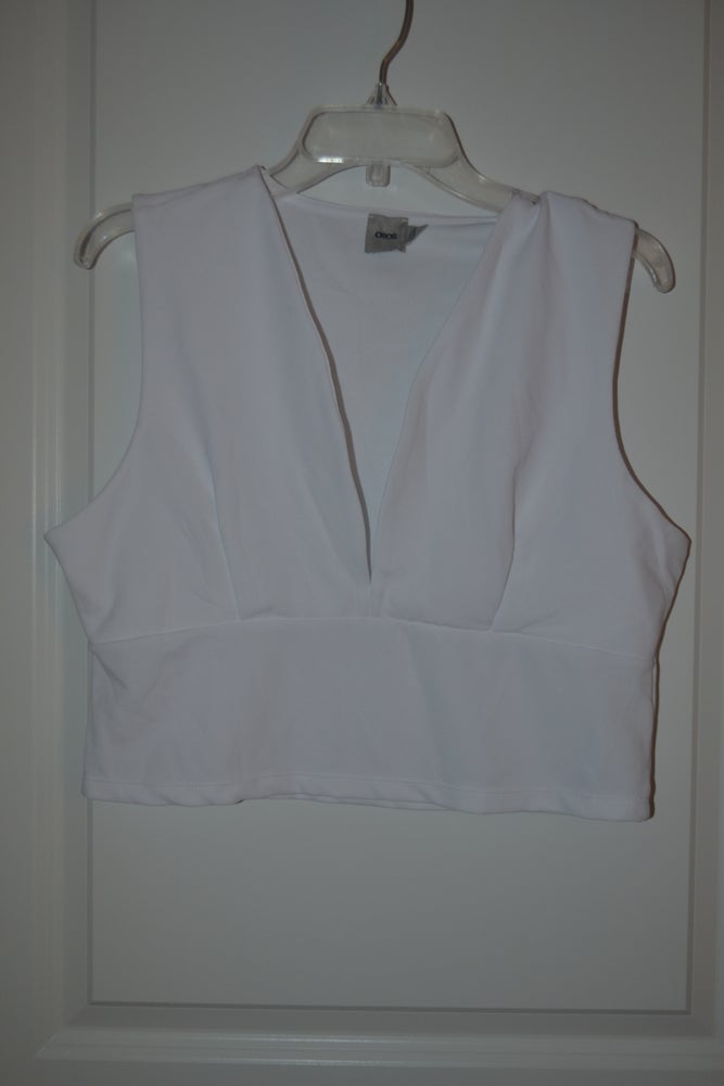 Image of Deep V Crop Top