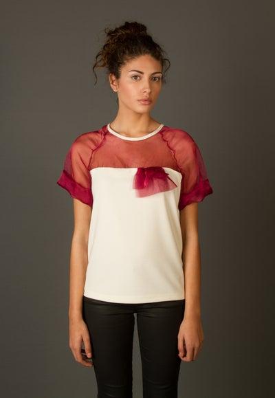 Image of Colección Versatilidad - Camiseta ADELFA