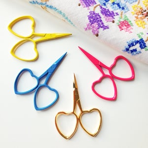 Image of Gold Little Loves embroidery scissors
