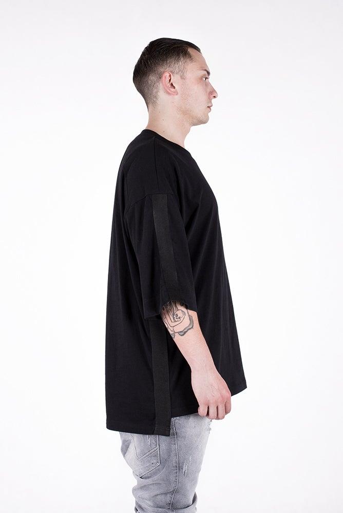 Image of U-F Stripe Oversized Tshirt Black