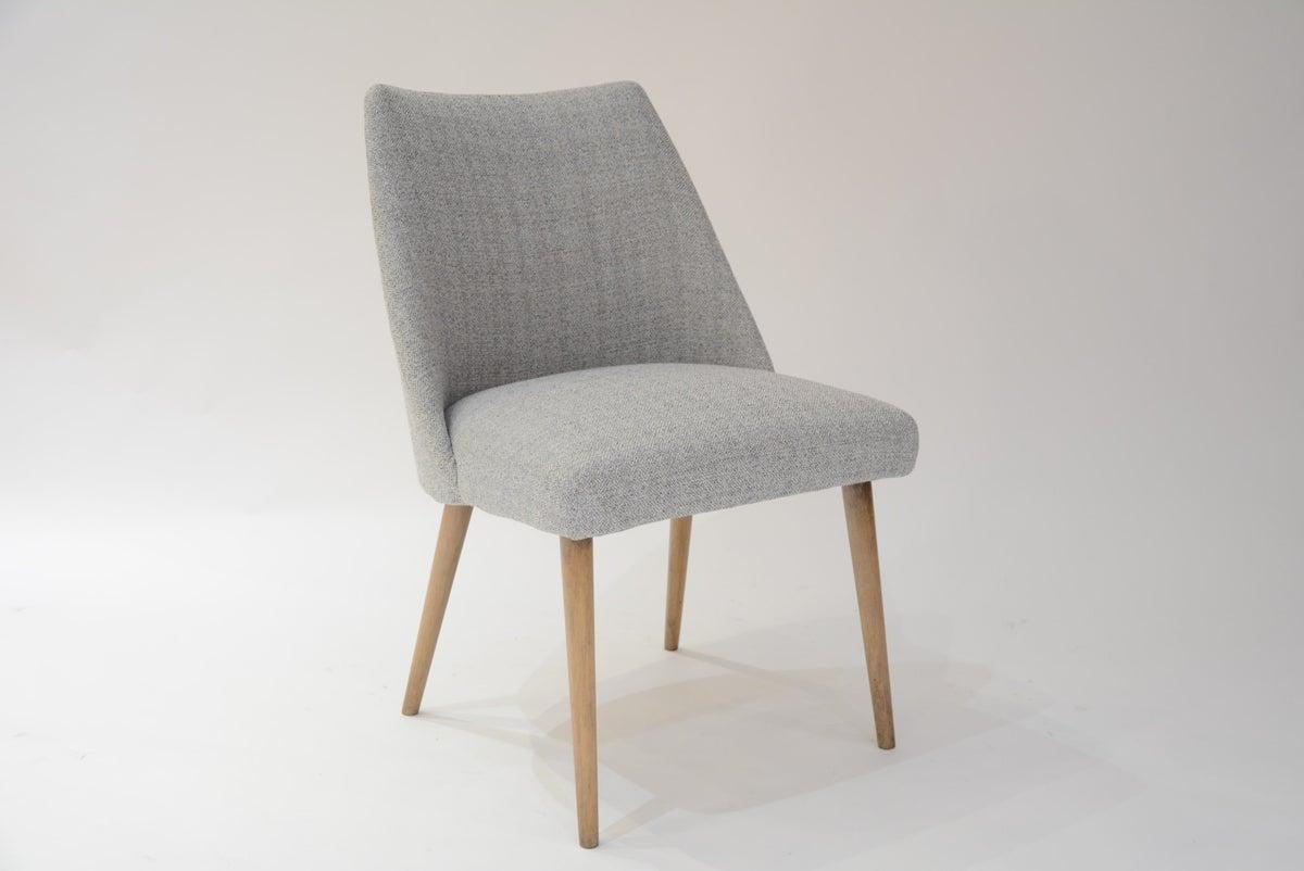 chaises sovi tiques gris bloc de l 39 est. Black Bedroom Furniture Sets. Home Design Ideas