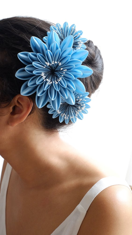 Image of Blue Monday mini hairclip