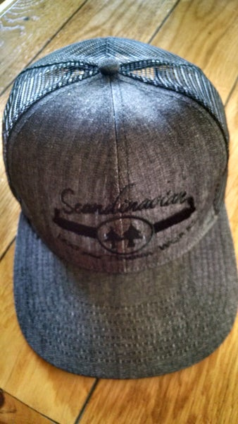 Image of Black/Gray Mesh Snapback Hat