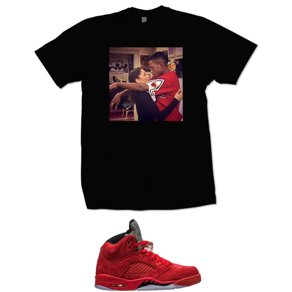 Image of A DIFFERENT WORLD DWAYNE AND WHITLEY RETRO 5 RED SUEDE T SHIRT - BLACK