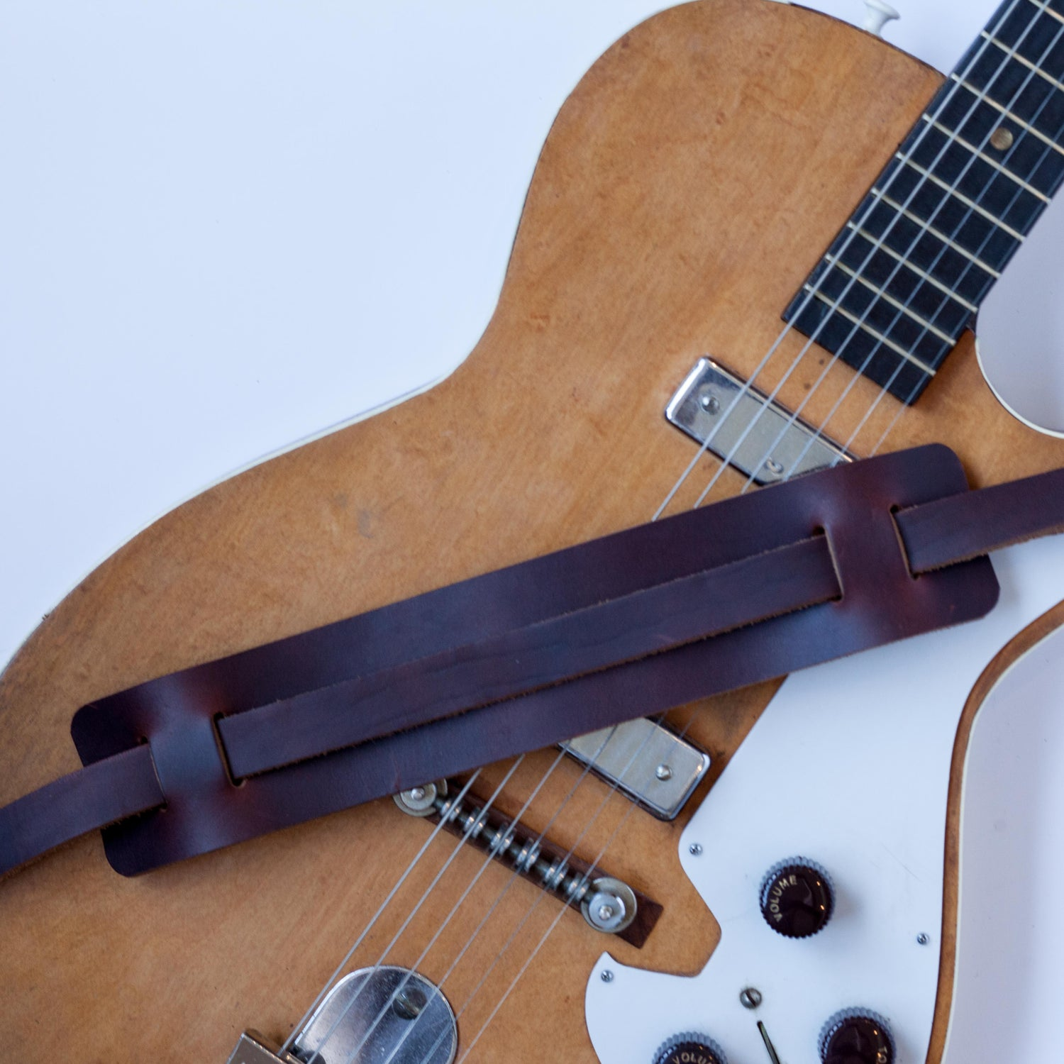 Image of Vintage Style Guitar Strap
