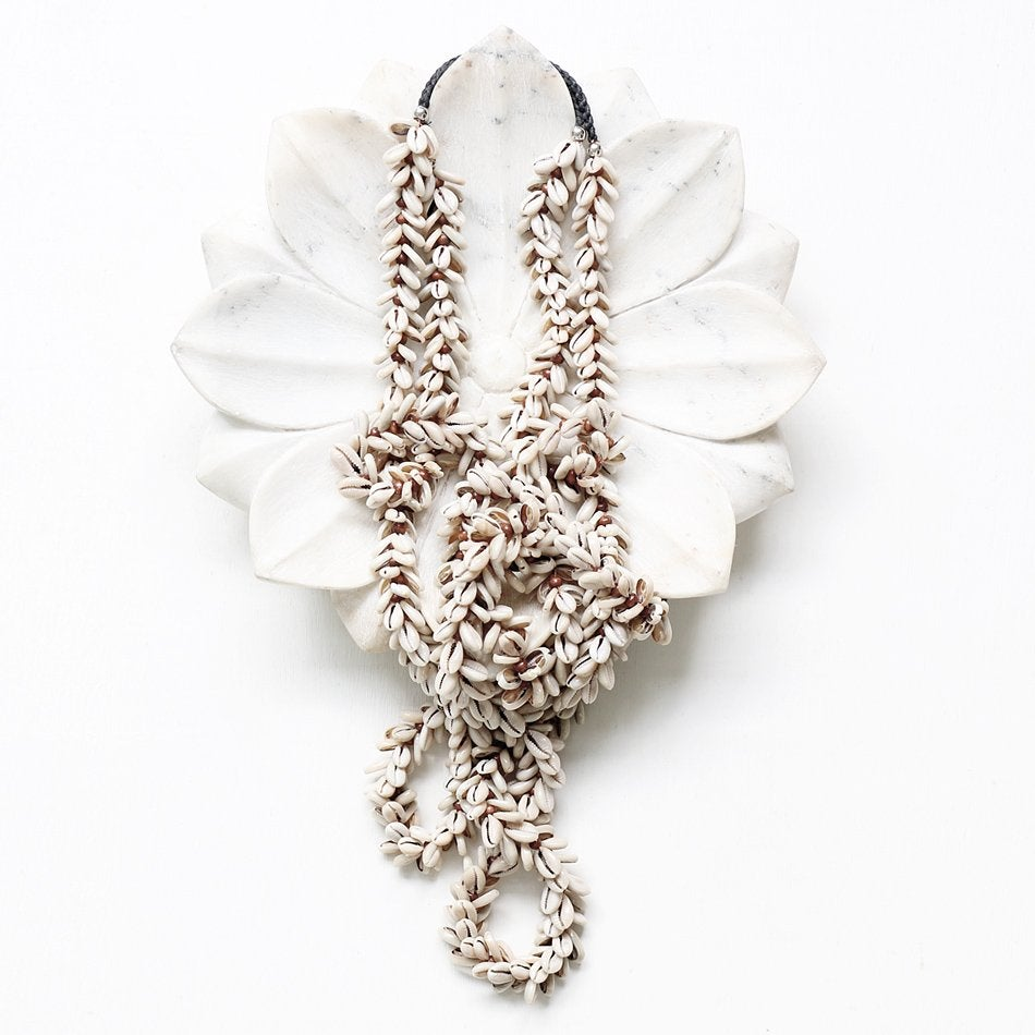 Image of Lei Shell Hanging