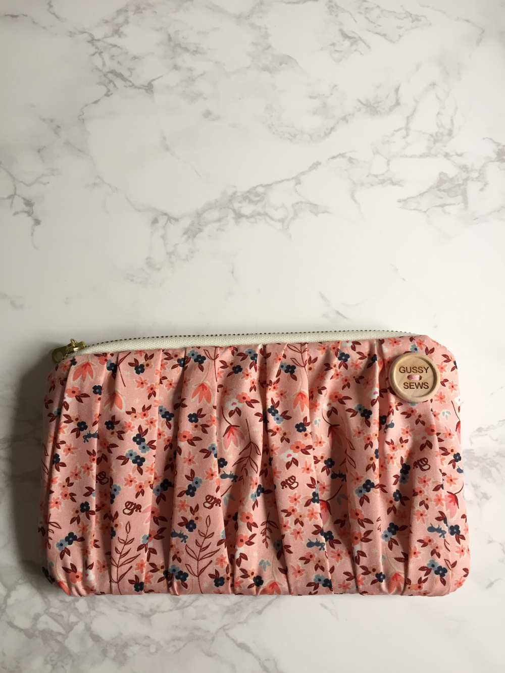 Image of Pretty in Pink medium zip