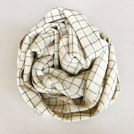 Image of TRIBAL CHECK SCARF - CREAM