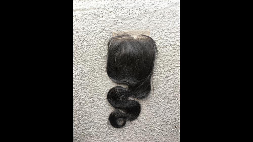 """Image of """"Lucy"""" Body Wave Closure"""
