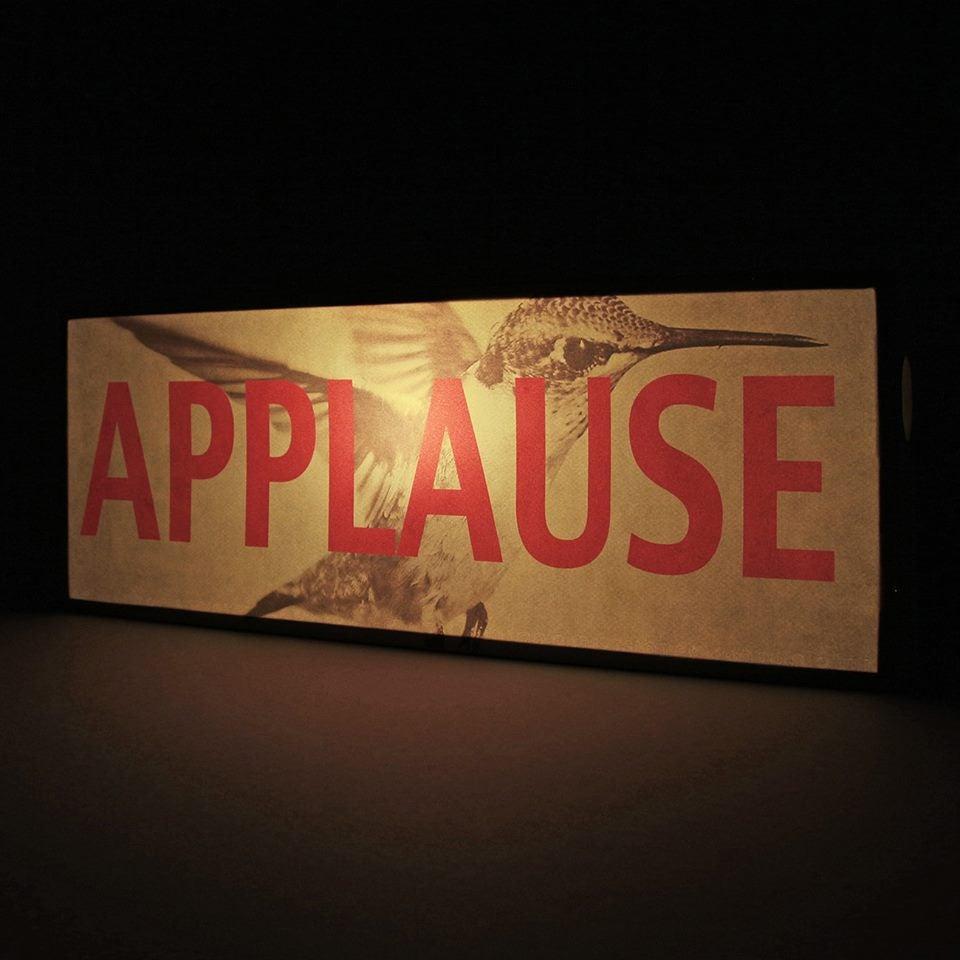Image of Lámpara applause
