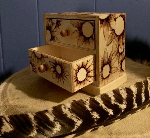Image of Daisy Box