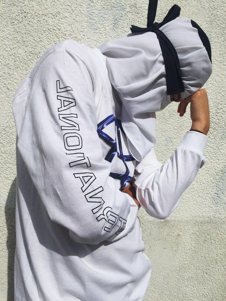 Image of INTERNATIONAL Premium Long Sleeve