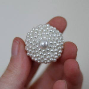 Image of Grandma's Pearl Plugs (sizes 1/2-3/4)