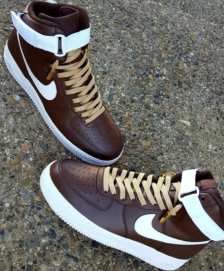 "Image of AF1 High ""Brown Cream"""