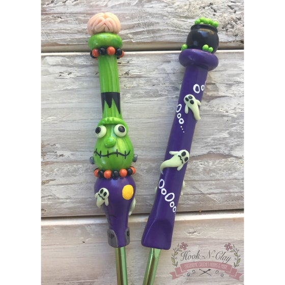 Image of Halloween Ergonomic & Slim Crochet Hooks