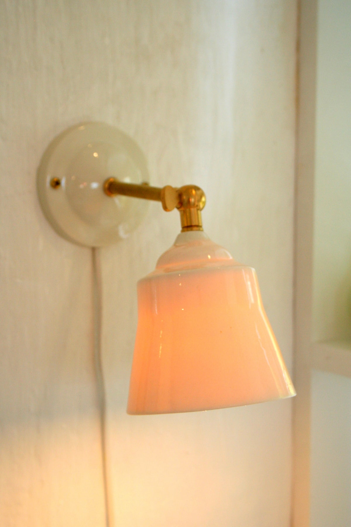 Image of Porcelain lampe