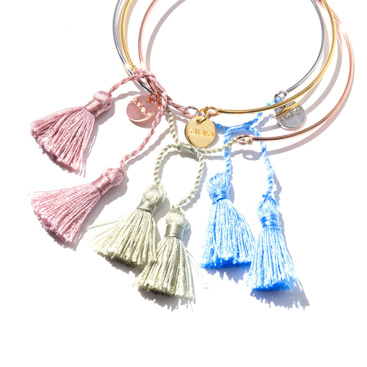 Image of TASSEL UP YOUR LIFE<br>GOLD ARMREIF | CUFF
