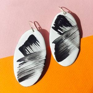 Image of Brush strokes earrings in  white Large