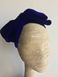Image of Cobalt blue velvet bow