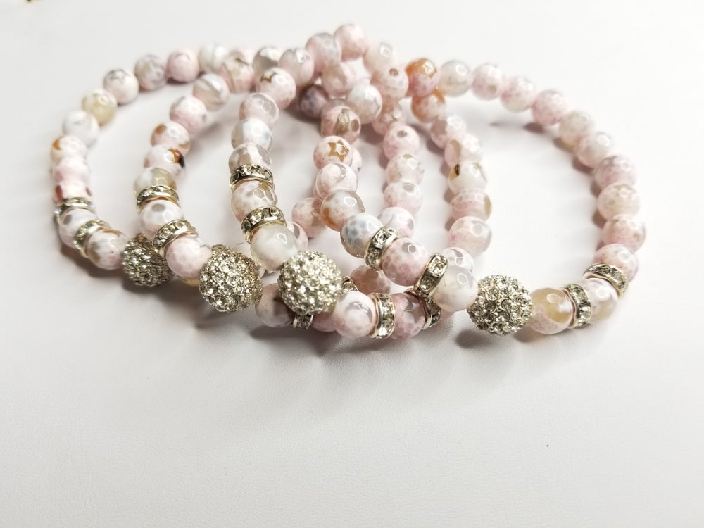 Image of Soft Pink Agate Gemstone  Bracelet
