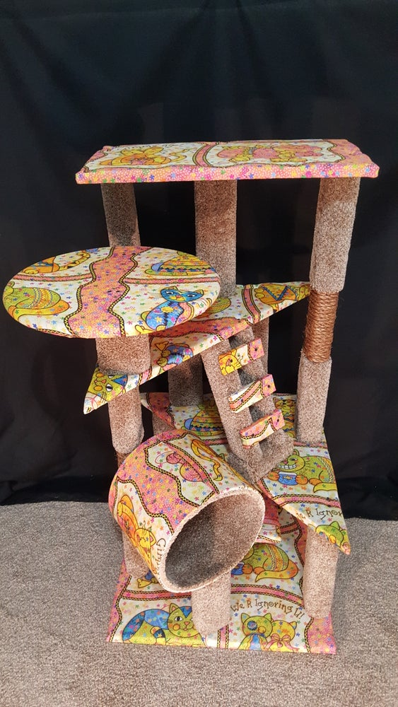 Image of Retro Kitty Lounge & Scratching Post (FREE LOCAL DELIVERY & SETUP)