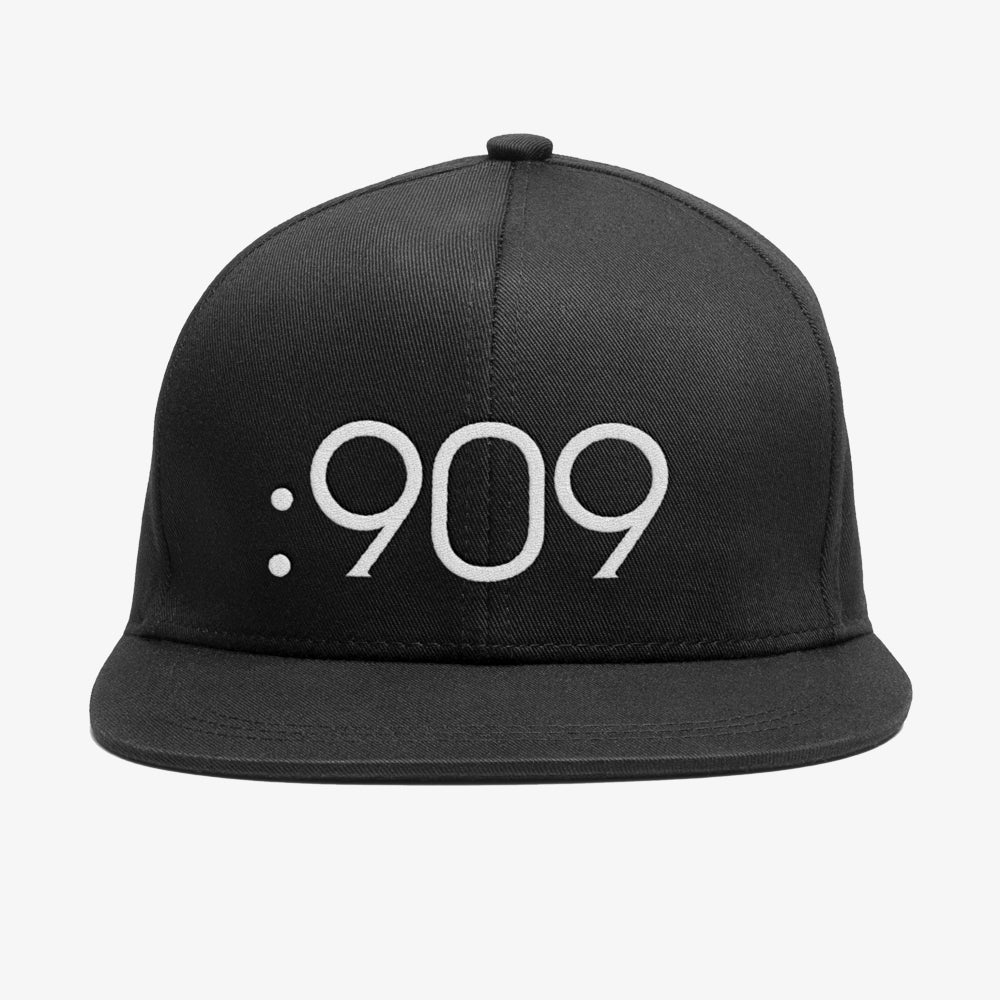 Image of Bedrock 909 Snapback Hat in Black
