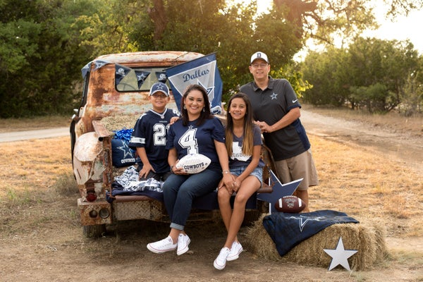 Image of Tailgate Mini Session