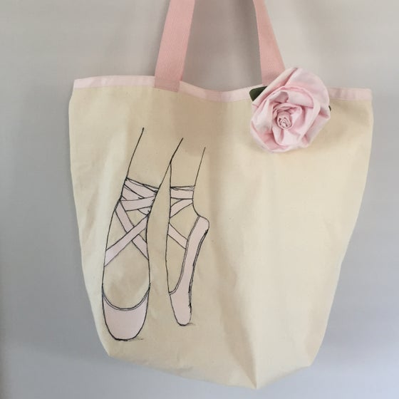 Image of Free motion applique tote bag