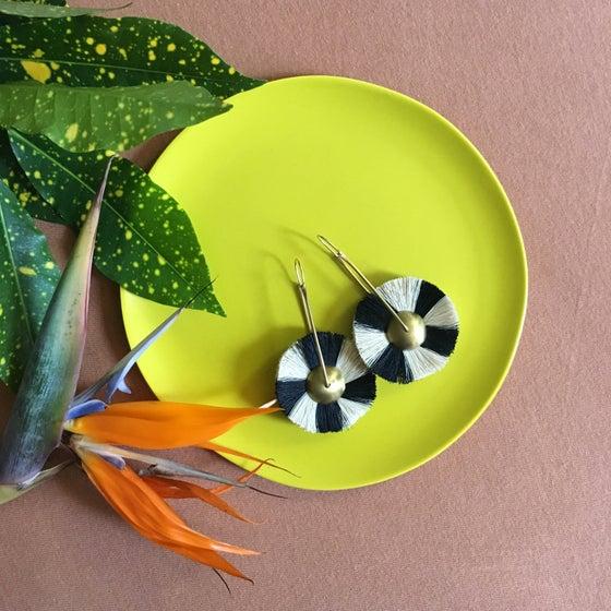 Image of •Mawu• hoop earrings:   natural/     black       color block