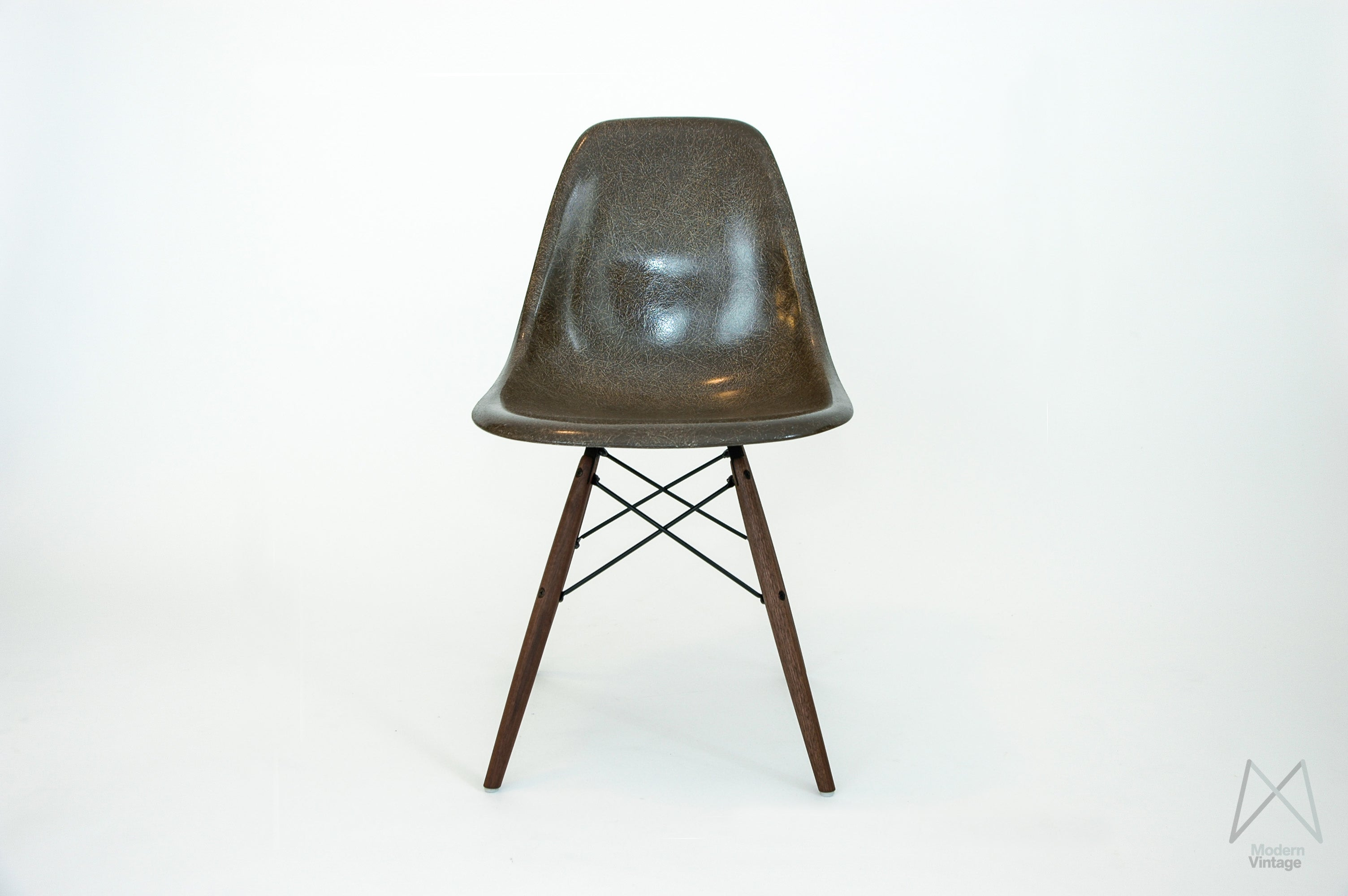 Stuhl charles eames simple original vitra dsw charles for Stuhl replica