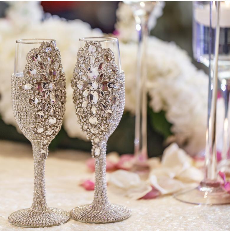 "Image of ""Allison"" Champagne Toasting Glasses"