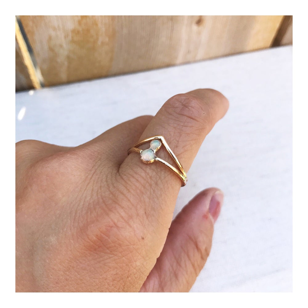 Image of OPAL II + CHEVRON RING SET