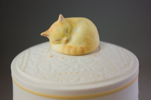 Image of Custom Pet Urn with Portrait