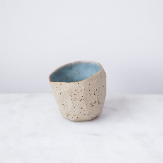 Image of Diamond pinch pot by SkandiHus - 10% off