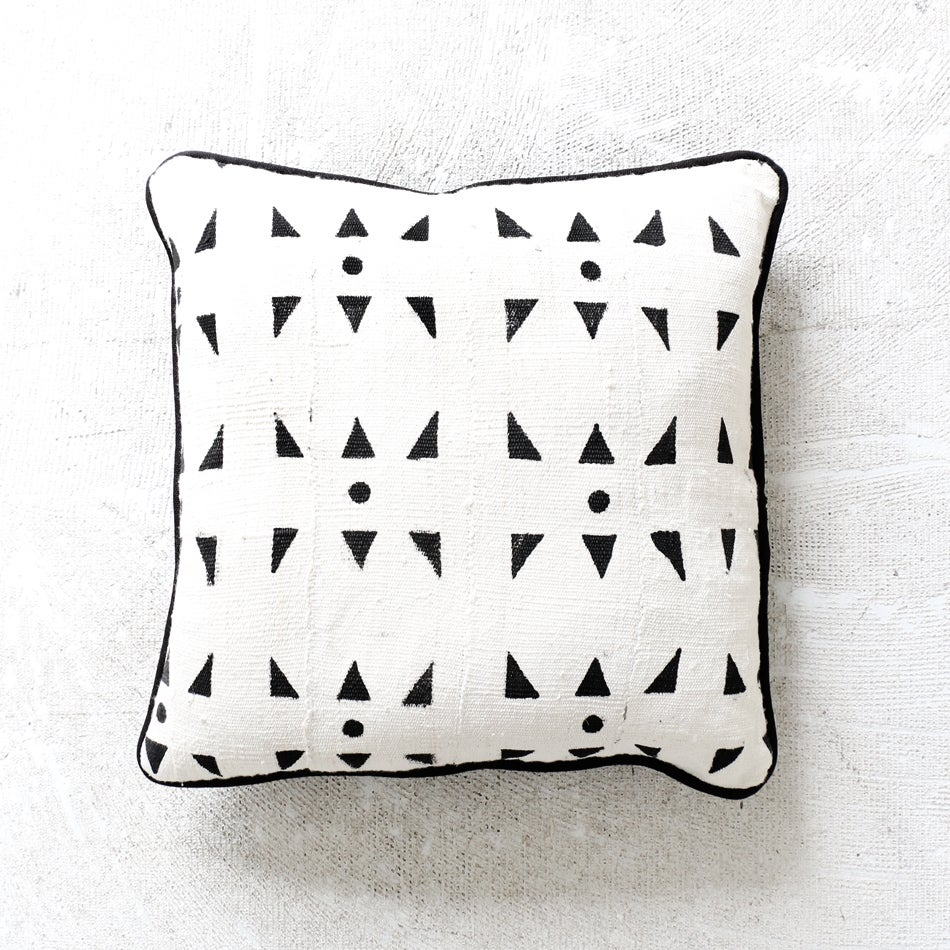 Image of Triangle Mudcloth Print Cushion