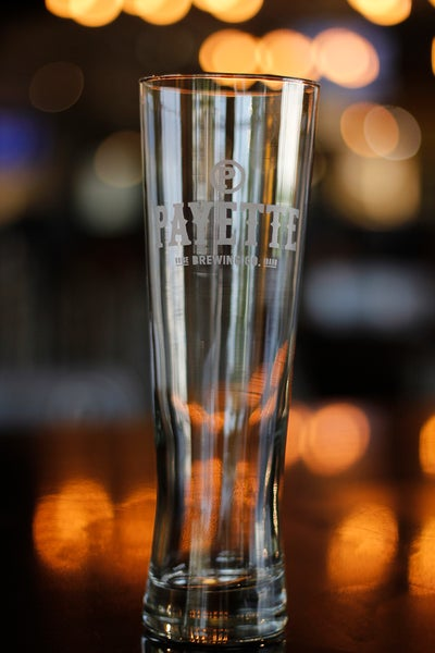 Image of 20 oz Payette Pilsner Glass